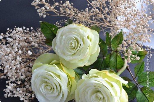 Здравствуйте жители Страны Мастеров! Что то я зачастила  к вам.... Вот результат моей двухнедельной ночной жизни... Розы  создавала по МК Майи Немец (тоже житель Страны) на заказ ... Приготовьтесь.... фотосессия удалась.... фото 10