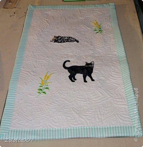 Сестра обожает черных кошек и божьих коровок, вот сделала ей такие салфетки-коврики фото 4