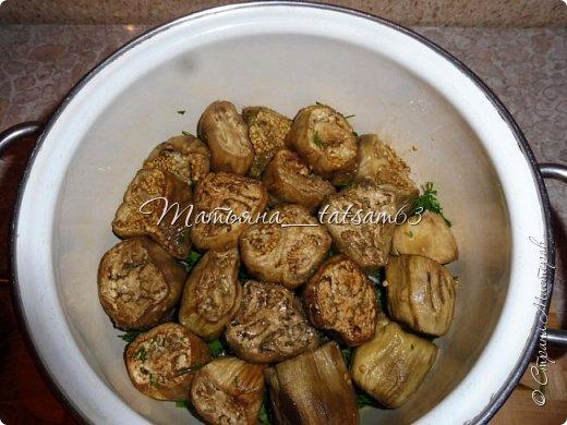 Осень – овощная пора. Недавно добралась я сделать любимую закуску из баклажанов, какую – сейчас расскажу. Придумала я ее сама, рецепт не на для закрутки на зиму, а для съедения, и съедается очень быстро. фото 10