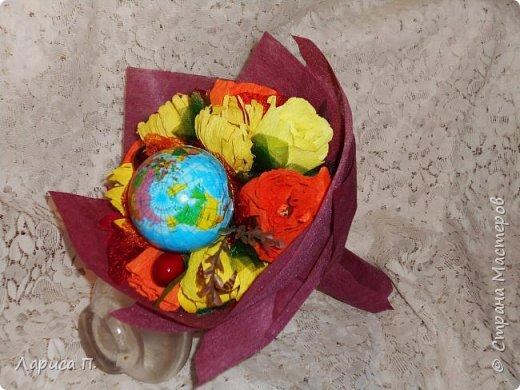 Букеты из св. фруктов и цветочков из конфет ко дню учителя фото 4