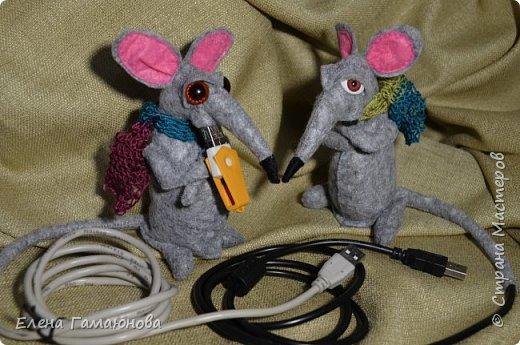 USB удлинитель «Старый крыс». Фетр. Высота 13 см.  фото 1