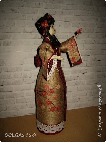 Душа девушки-бабочка Нежная как цветок сакуры Стремится на встречу любви  Здравствуйте мои дорогие жители страны.В японской поэзии я конечно не сильна,но так я вижу замысел этой шкатулки.После долгого творческого застоя ,у меня появилась вот такая девочка. Сделана  она для одной замечательной девушки,которая мечтает попасть в Японию. фото 2