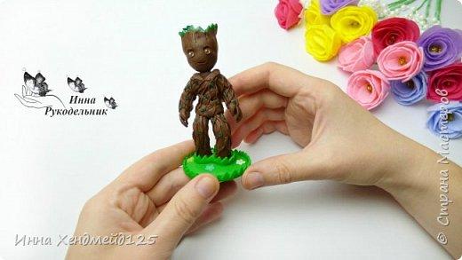 Посмотрела фильм Стражи галактики 2 и очень захотела сделать милого персонажа Грута из полимерной глины.  Материалы: проволока, фольга, полимерная глина.  Детальный процесс работы в видео. фото 1
