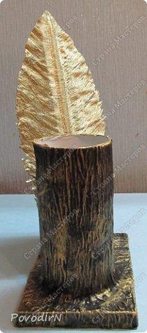 """Подставка для карандашей и ручек с """"золотым"""" пером. Идея моя. Исполнение дочери. фото 5"""