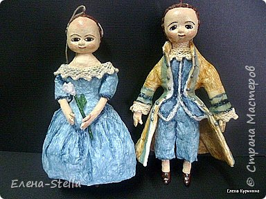"""Здравствуйте мои дорогие мастера и мастерицы СМ.  В последнее время я увлеклась историей куклы и у меня появилось новое направление.  В детстве любила рисовать дам в пышных платьях.  Представляю вашему вниманию две работы, они из разных эпох, но очень подружились. Девочка - В стиле """"Королева Анна"""" - 14 см Мальчик из Петровской эпохи - 14 см фото 1"""