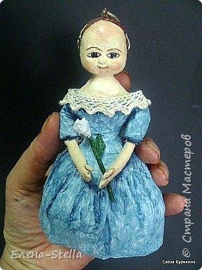 """Здравствуйте мои дорогие мастера и мастерицы СМ.  В последнее время я увлеклась историей куклы и у меня появилось новое направление.  В детстве любила рисовать дам в пышных платьях.  Представляю вашему вниманию две работы, они из разных эпох, но очень подружились. Девочка - В стиле """"Королева Анна"""" - 14 см Мальчик из Петровской эпохи - 14 см фото 2"""
