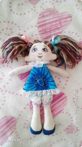 Всем здравствуйте. Таких куколок шила в подарок дорогому человеку, подруге, с которой очень редко видимся. фото 4