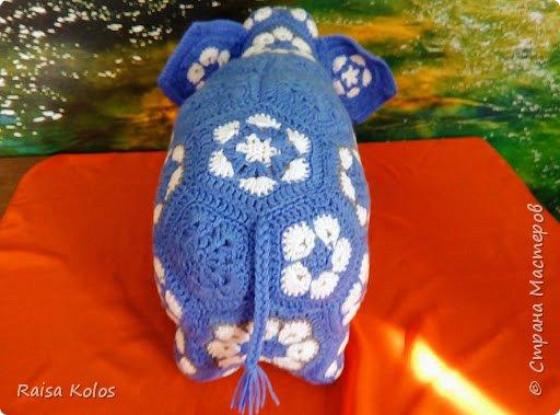 """Слоненок  и  мяч   из  пряжи """"Детская  новинка""""   Мои  первые  работы из мотивов """"Африканский  цветок""""   Подарки  внучке Ульянке- мяч, внучатому  племяннику Жорику - Слон ко дню рождения  1год. Игрушки  получились  очень  мягкими, приятными,  достаточно большими .(слон 23/42, мяч высотой 26см.)   фото 4"""