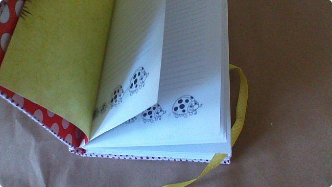 Я не раз уже показывала аналогичные книги. Они нравятся, удобны. И я их делаю. Уже не знаю сколько....но много.... Вот очередная троечка «фартучков»! фото 53