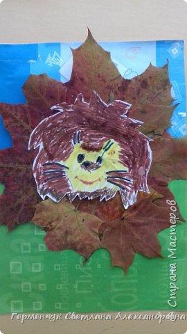 """Сегодня на уроке  трудового обучения  с ребятами 3 """"А"""" класса  работали  с осенними листьями по теме """" Осень в лесу""""   У всех ребят получились вот такие красивые работы!!! фото 16"""
