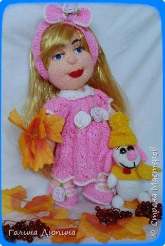 Люся маленькая добрая девочка и ее собачка Дуся.Размер куколки 45 см,руки-ноги все подвижное,одежда и обуви снимается. фото 3