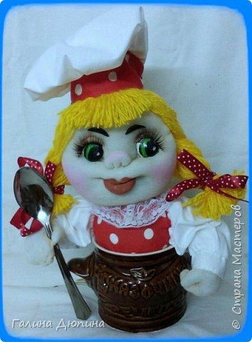 Не так давно начала шить кукол на кухонную тему.Очень нравится!Куколки служат для украшения нашей кухни,они будут нас радовать своим добрым,ласковым взглядом и дарить нам хорошее настроение.Данные поварята мальчик и девочка проживают в Улан-Удэ фото 3