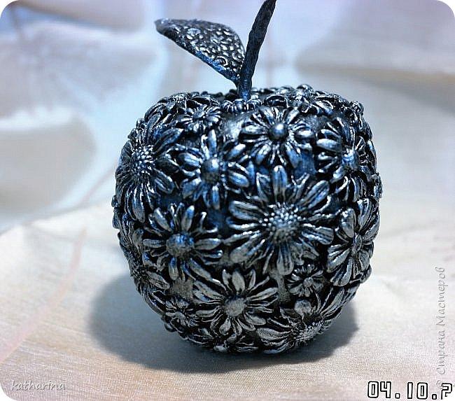 Здравствуй Страна ! Я как всегда не могу останивиться , ну вот и родилось очередное яблочко . И когда я его делала то почему то всё время думала о Галине  http://stranamasterov.ru/user/108361 . Так что дорогая моя яблочко посвящается тебе . фото 8