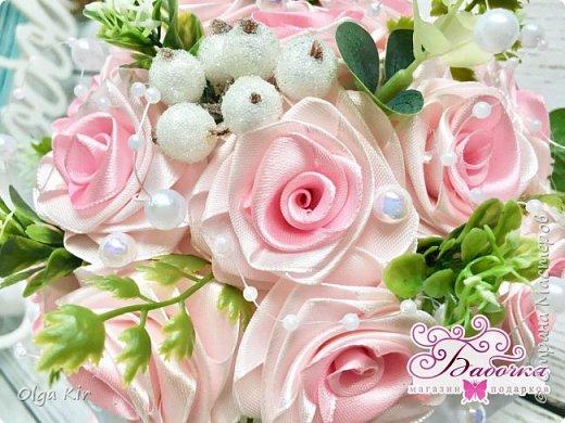 Приветствую вас дорогие мастера и рукодельницы!  Сегодня у меня небольшой  свадебный комплект, и очень захотелось показать саму невесту. Красивая, креативная, я балдею от  Ее образа и энергетики)))   фото 5