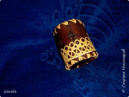 Шкатулка из бересты. Крышка и донышко тоже из бересты в 2 слоя. фото 7