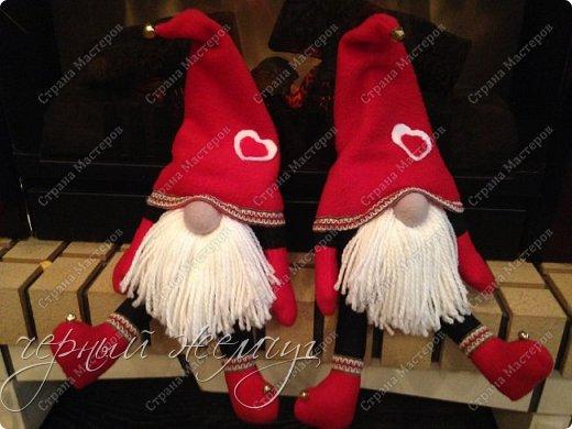 Добрый день жители страны Мастеров. Новый год не за горами.)))  Представляю Вам своих Дед Морозов и Снегурочек.  фото 1