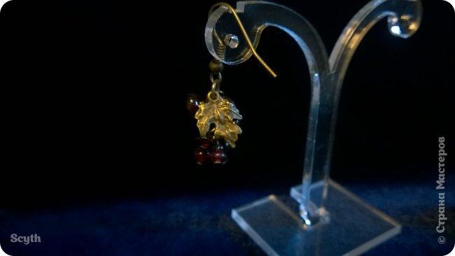 Классические серьги-грозди из крошки граната. Короткие - всего 2 см. фото 2