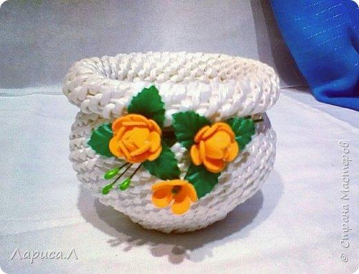 Конфетница из бумажной лозы выполнено в технике плетение из корня, размеры: 8х12х9 см, высота 12 см (без крышки). Цвет белый перламутр. фото 8