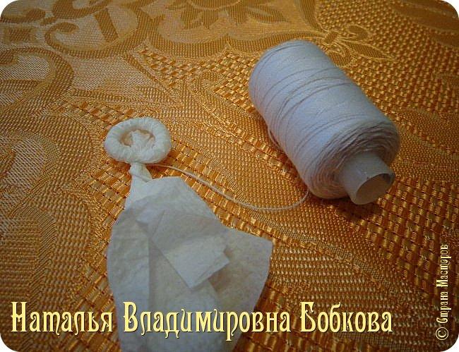 Мастер-класс по изготовлению ажурных цветов из бумажных салфеток.   фото 23