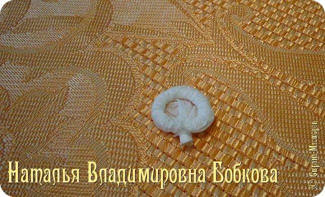 Мастер-класс по изготовлению ажурных цветов из бумажных салфеток.   фото 24