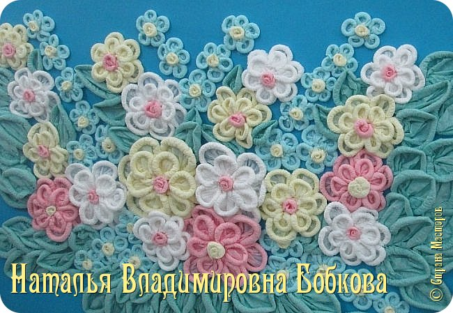 Мастер-класс по изготовлению ажурных цветов из бумажных салфеток.   фото 28