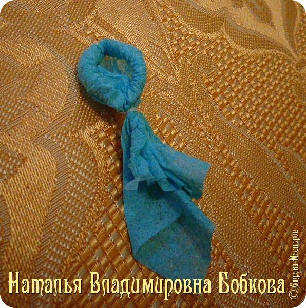 Мастер-класс по изготовлению ажурных цветов из бумажных салфеток.   фото 26