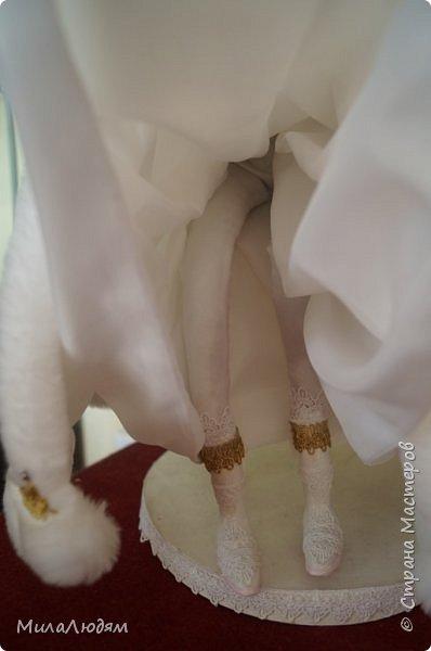 """Всем здравствуйте! 8 марта у нас в Доме культуры проходила выставка авторских кукол художника Колмогоровой Людмилы Юрьевны """"Жили-были куклы...""""  У меня был восторг и я все хотела поделиться своими впечатлениями с вами, но все не до этого было. Вот взялась, выбрала фото, обработала и выставляю репортаж. Фото будет много.  Автор этой выставки моя землячка, она жила и училась в моем поселке, в моей школе, чуть постарше меня. И как многие после школы уехала учиться, вышла замуж и в деревню не вернулась. фото 82"""