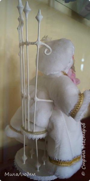 """Всем здравствуйте! 8 марта у нас в Доме культуры проходила выставка авторских кукол художника Колмогоровой Людмилы Юрьевны """"Жили-были куклы...""""  У меня был восторг и я все хотела поделиться своими впечатлениями с вами, но все не до этого было. Вот взялась, выбрала фото, обработала и выставляю репортаж. Фото будет много.  Автор этой выставки моя землячка, она жила и училась в моем поселке, в моей школе, чуть постарше меня. И как многие после школы уехала учиться, вышла замуж и в деревню не вернулась. фото 78"""