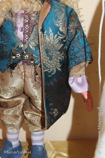 """Всем здравствуйте! 8 марта у нас в Доме культуры проходила выставка авторских кукол художника Колмогоровой Людмилы Юрьевны """"Жили-были куклы...""""  У меня был восторг и я все хотела поделиться своими впечатлениями с вами, но все не до этого было. Вот взялась, выбрала фото, обработала и выставляю репортаж. Фото будет много.  Автор этой выставки моя землячка, она жила и училась в моем поселке, в моей школе, чуть постарше меня. И как многие после школы уехала учиться, вышла замуж и в деревню не вернулась. фото 61"""