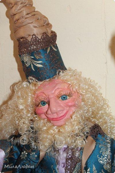 """Всем здравствуйте! 8 марта у нас в Доме культуры проходила выставка авторских кукол художника Колмогоровой Людмилы Юрьевны """"Жили-были куклы...""""  У меня был восторг и я все хотела поделиться своими впечатлениями с вами, но все не до этого было. Вот взялась, выбрала фото, обработала и выставляю репортаж. Фото будет много.  Автор этой выставки моя землячка, она жила и училась в моем поселке, в моей школе, чуть постарше меня. И как многие после школы уехала учиться, вышла замуж и в деревню не вернулась. фото 63"""