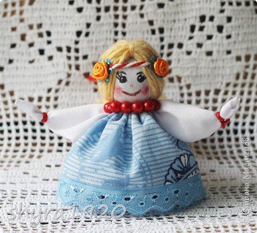 2).    Кукла на Долю, на Счастье. Сделана по всем правилам русских народных кукол. Сшила 28 штук,  показываю по 3 фото каждой. фото 85