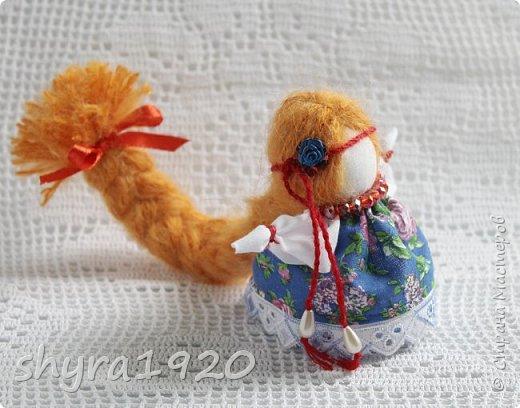 2).    Кукла на Долю, на Счастье. Сделана по всем правилам русских народных кукол. Сшила 28 штук,  показываю по 3 фото каждой. фото 27
