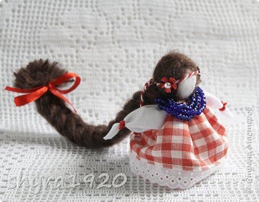 2).    Кукла на Долю, на Счастье. Сделана по всем правилам русских народных кукол. Сшила 28 штук,  показываю по 3 фото каждой. фото 33