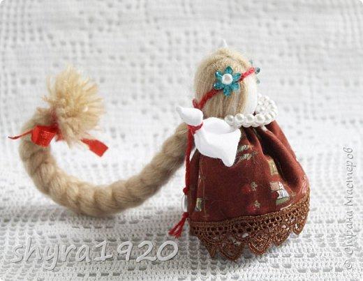 2).    Кукла на Долю, на Счастье. Сделана по всем правилам русских народных кукол. Сшила 28 штук,  показываю по 3 фото каждой. фото 18