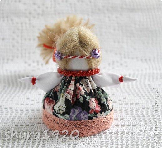 2).    Кукла на Долю, на Счастье. Сделана по всем правилам русских народных кукол. Сшила 28 штук,  показываю по 3 фото каждой. фото 55