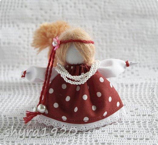 2).    Кукла на Долю, на Счастье. Сделана по всем правилам русских народных кукол. Сшила 28 штук,  показываю по 3 фото каждой. фото 79