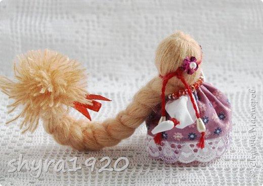 2).    Кукла на Долю, на Счастье. Сделана по всем правилам русских народных кукол. Сшила 28 штук,  показываю по 3 фото каждой. фото 69