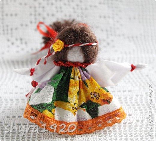 2).    Кукла на Долю, на Счастье. Сделана по всем правилам русских народных кукол. Сшила 28 штук,  показываю по 3 фото каждой. фото 49