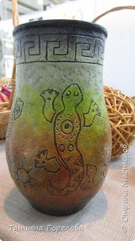 """Основа вазы -стакан из Магдональса. Гравировала  с помощью устройства """"Зубр"""". Красила и лачила акрилом. фото 1"""