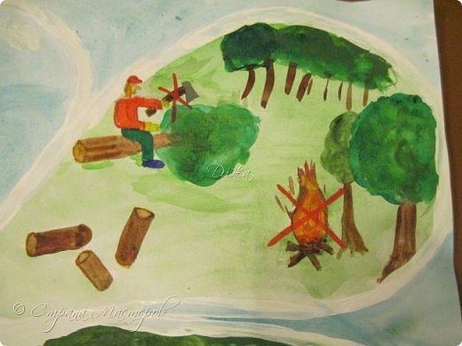 """Всем огромной приветик! Представляю мою первую стенгазету, которую я нарисовала на школьный конкурс. Плакат называется """"Мы за мир"""" На голубом фоне ромашка. Нарисовала на ватмане А1. Использовала акварельные краски, гуашь, акриловые краски, фломастеры и карандаши.  На лепестках всё что угрожает мирной жизни на земле.  фото 5"""