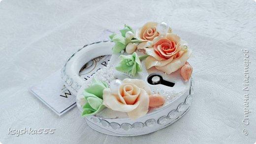 Набор свадебных аксессуаров «Чайная роза». Свадьба — самый волнительный день. В нем все должно быть идеально. Утонченная романтичность чайных роз подчеркнет легкую чувственность этого праздника. фото 8