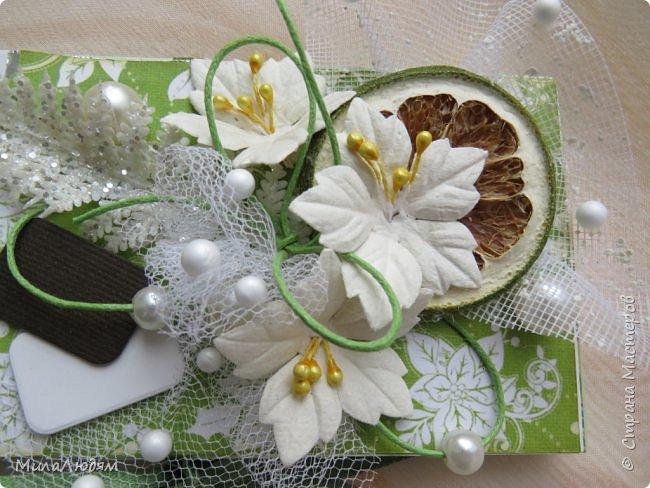 """Люди добрые, простите меня, что не умею загружать мало фото, и мучаю вас большим количеством. Сегодня я к вас со своими первыми шоколадницами созданными для  II ЭТАП """"Открытка-шоколадница""""   http://blog.agiart.ru/2017/10/2.html ТЕМА - Новый год, Рождество, зима ФОРМА - открытка-упаковка для шоколада ОЭ (обязательный элемент) - цвет и фактура плитки шоколада фото 16"""