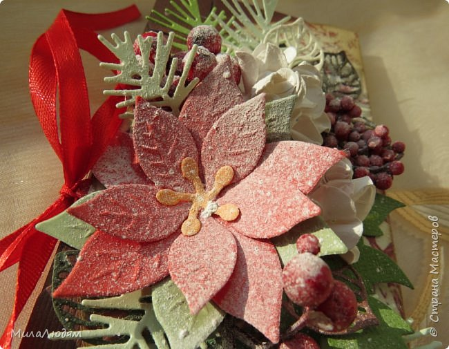"""Люди добрые, простите меня, что не умею загружать мало фото, и мучаю вас большим количеством. Сегодня я к вас со своими первыми шоколадницами созданными для  II ЭТАП """"Открытка-шоколадница""""   http://blog.agiart.ru/2017/10/2.html ТЕМА - Новый год, Рождество, зима ФОРМА - открытка-упаковка для шоколада ОЭ (обязательный элемент) - цвет и фактура плитки шоколада фото 45"""