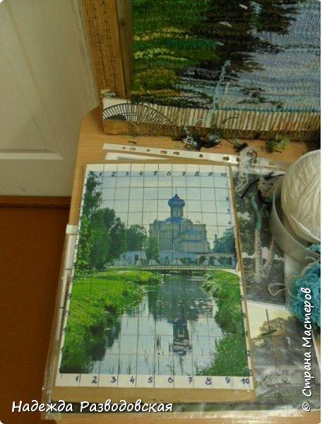 Мои первые шаги в ручном ткачестве. Здесь я попробовала  соткать гобелен с видом моего города.  фото 7
