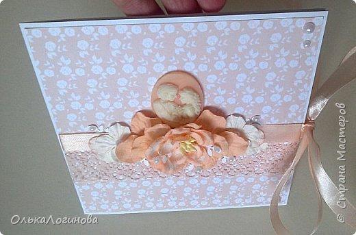 """Доброго дня всем!!!Хочу показать вам свою новую работу-конверт для диска со свадебной фотосессии,или можно использовать как открытку для поздравлений и денежного подарка/сертификата.Для основы использовала акварельную бумагу,верх-бумага для скрапбукинга  15х15 """"Чай vs Кофе"""" от Polkadot (прислали в подарок за заказ в интернет-магазине),бумажные цветы,немного дырокольностей, кружево,атласная лента,полубусины и камея с изображением молодоженов из запасов хомячка)).Внутри-акварельная бумага(кармашки) и однотонная бумага для скрапбукинга.Приглашаю вас к просмотру) фото 8"""