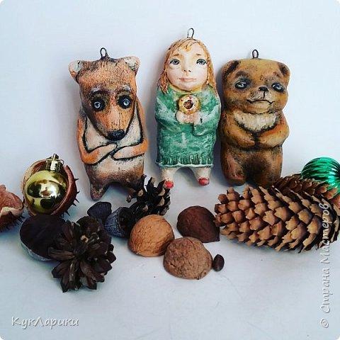 Новый год  всегда сказка. И хорошо когда она живет на елочке в виде милых игрушек сделаных своими руками.ежик в тумане. фото 4
