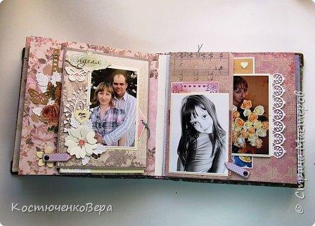 Сделала юбилейный семейный альбом. Фотографии о жизни за 10 лет.  Использовала элементы поп ап. фото 13
