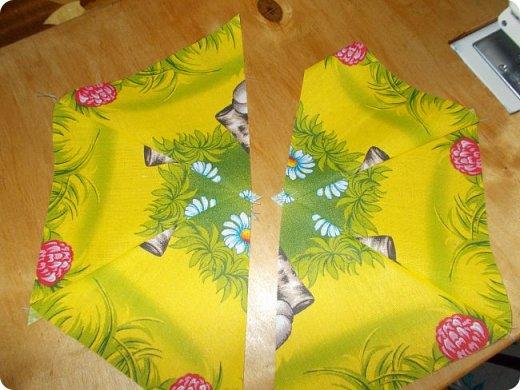 """Начну сегодняшний показ со свежей работы, это двухспальное одеяло закончила вчера вечером. Сшила в подарок. Размер получился 195х215 см Это второе одеяло, сшитое мной из блоков """"калейдоскоп"""". Назвала я его """"Одеяло """"Из сказки"""". Почему? фото 4"""