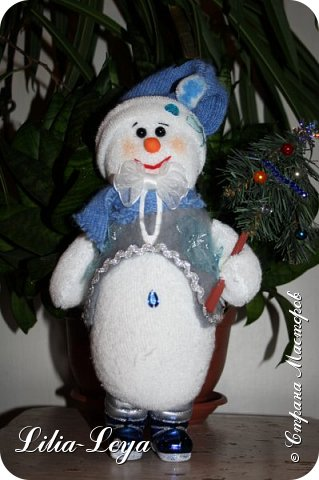 Вряд ли кто из нас особо озадачивался вопросом: где летом бывает Снеговичок?! Отпуск у него! Каникулы! Мой тоже отдохнул. К счастью, ему повезло с погодой: холод и беспрерывная вереница дождей... фото 28