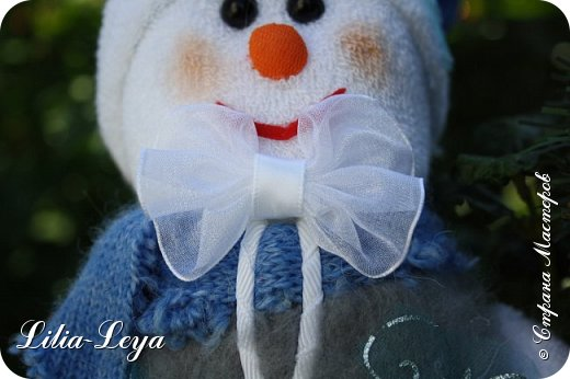 Вряд ли кто из нас особо озадачивался вопросом: где летом бывает Снеговичок?! Отпуск у него! Каникулы! Мой тоже отдохнул. К счастью, ему повезло с погодой: холод и беспрерывная вереница дождей... фото 8